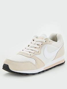 online retailer a69aa be907 Nike MD Runner 2 - Beige