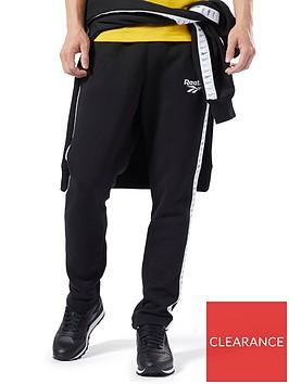 reebok-classic-vp-joggers-black