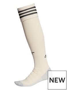 adidas-manchester-united-1920-away-socks-creamnbsp