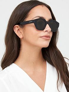 burberry-geometric-square-frame-sunglasses-black