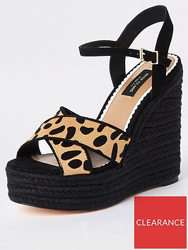 river-island-river-island-wide-fit-studded-wedge-leopard