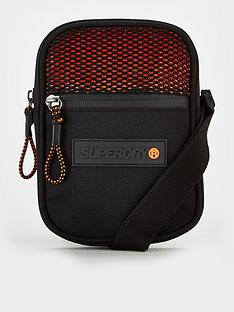 superdry-sport-pouch