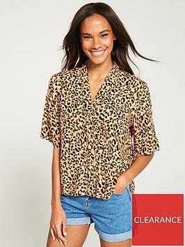 warehouse-leopard-shirt-animal-print