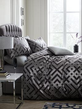 laurence-llewelyn-bowen-sanremo-geometric-duvet-cover-set