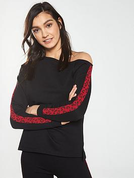 v-by-very-leopard-trim-slouchy-top
