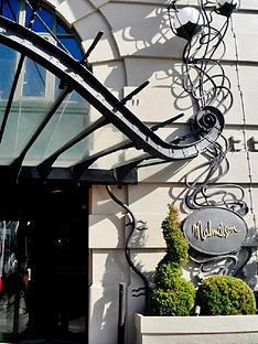 virgin-experience-days-pamper-and-prosecco-with-treatment-for-two-at-malmaison-hotels