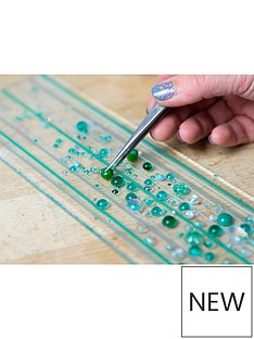 virgin-experience-days-fused-glass-taster-workshop-with-prosecco