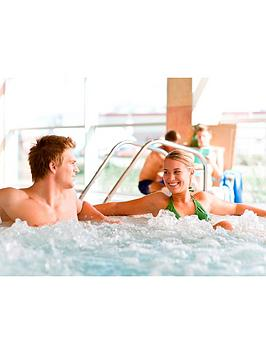 virgin-experience-days-relaxing-pamper-day-with-three-treatments-for-two-at-bannatyne-health-clubs