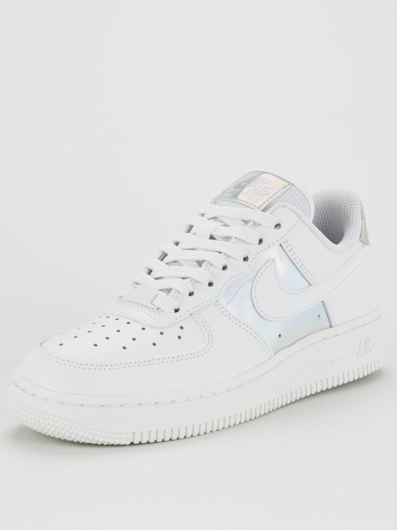 Women's Air Force 1. Nike HR