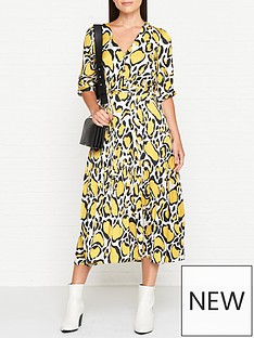 gestuz-midi-smock-dress-yellow