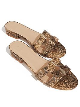 oasis-formal-sliders-snake-print