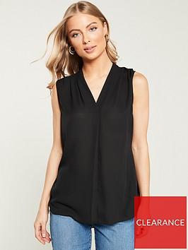 wallis-v-neck-tuck-top-black