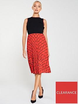 ted-baker-philisa-pleated-tile-print-dress-blackred