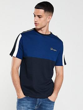 river-island-piped-blocking-tee