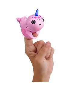 fingerlings-light-up-narwhal-rachel