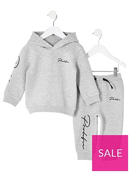 river-island-mini-mini-boys-prolific-hoodie-outfit-grey