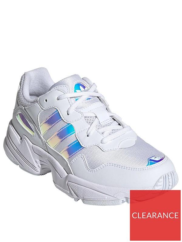Marquesina Redondo frase  adidas Originals Yung-96 Junior Trainers - White Multi | very.co.uk