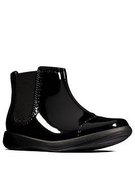 clarks-girls-etch-form-patent-ankle-boot