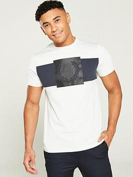 fred-perry-printed-laurel-wreath-t-shirt--nbspcement-grey