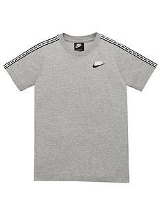 nike-sportswear-taped-t-shirt-greywhite