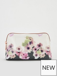 3261382dc5b9 Make Up Bags & Wash Bags | Ted baker | Make up | Beauty | www.very.co.uk