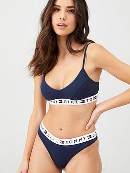 tommy-hilfiger-thong-navy