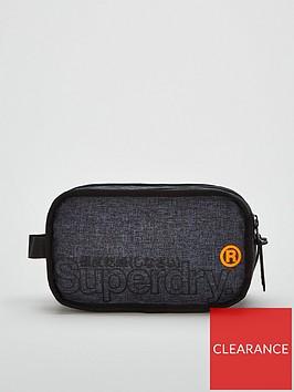 superdry-super-buff-washbag