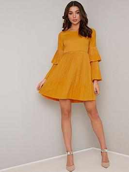 chi-chi-london-luchie-pleated-dress