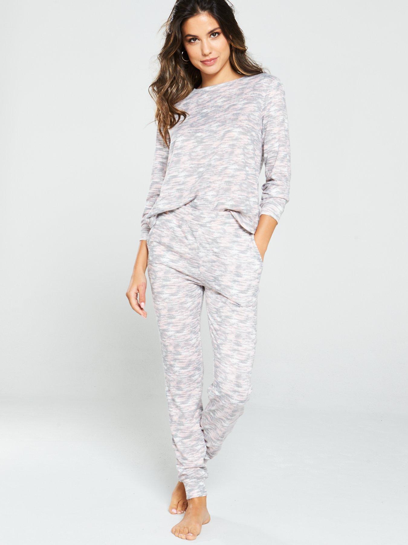 Ladies Cold Shoulder Ruffle Loungewear Suit Womens Fancy Frill Style Tracksuit Dames: kleding