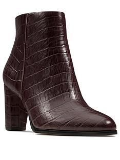 clarks-kaylin-fern-ankle-boot