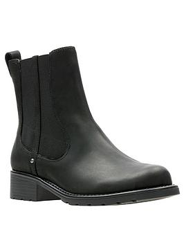 clarks-orinoco-club-wide-fit-ankle-boots-black