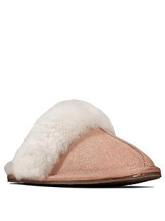 clarks-warm-glitz-slipper