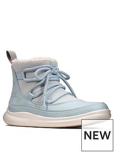 clarks-x-frozen-cloud-throne-boot-blue