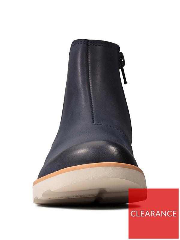 Implacable aliviar seta  Clarks Boys' Crown Halo K Chelsea Boots Shoes & Bags Shoes