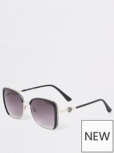 river-island-oversize-sunglasses-black