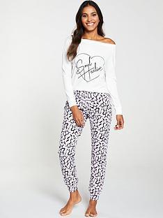 v-by-very-soul-healing-off-the-shoulder-pyjama-set-print