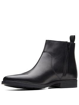 clarks-tilden-up-boot-black