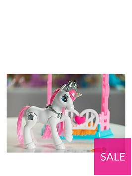 zuru-pets-alive-my-magical-unicorn-stable