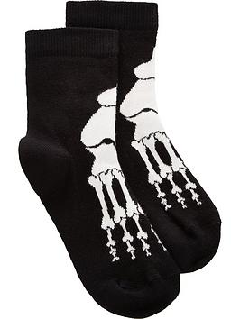 wauw-capow-by-bang-bang-copenhagen-bobby-bone-socks-black