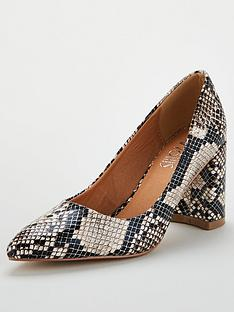 wallis-pointed-block-heel-court-snake-print