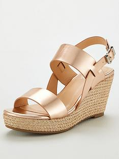 wallis-suranne-metallic-wedges-gold