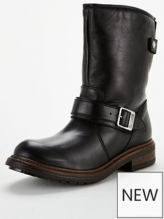 barbour-international-avalon-boot