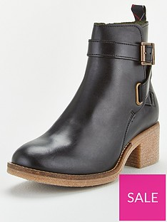 barbour-keavy-heeled-boot-black