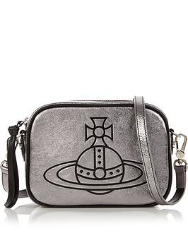 vivienne-westwood-anna-metallic-camera-cross-body-bag-silver
