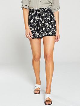 oasis-daisy-print-short-black