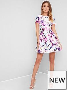 0c638d4a0b1b Chi Chi London Chi Chi London Priyah Floral Skater Dress