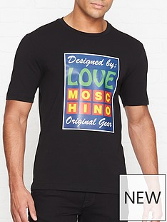 love-moschino-designed-by-moschino-print-t-shirt