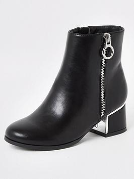 river-island-girls-block-heel-boot-black