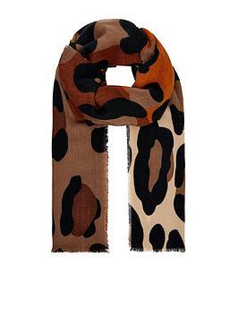 monsoon-monsoon-maya-mid-weight-leopard-print-scarf
