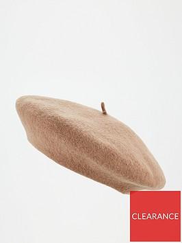 v-by-very-beret-camel